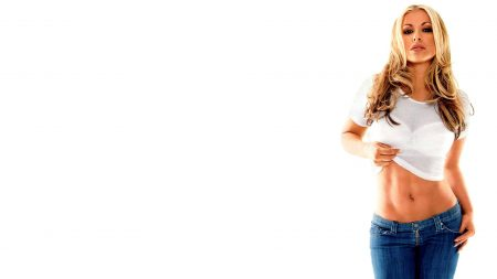 anastacia, jeans, t-shirt