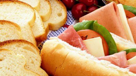 bread, bacon, salad