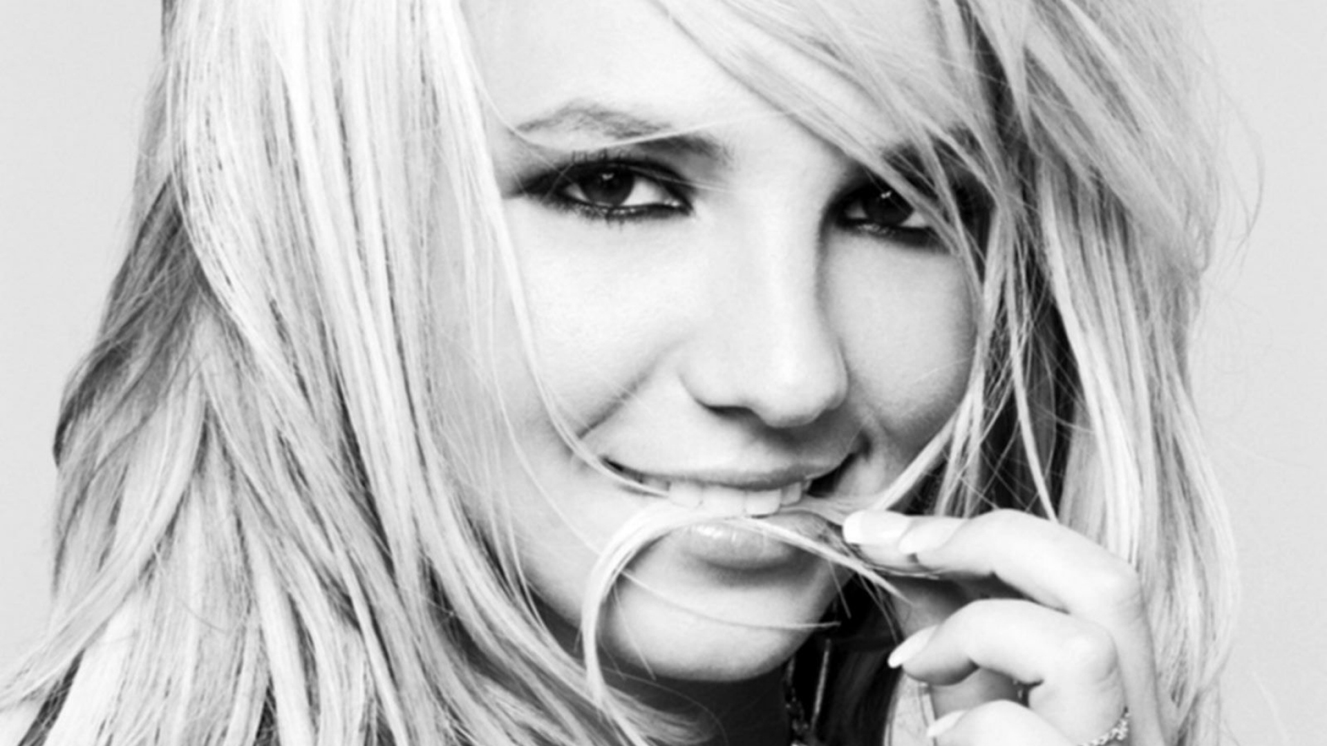 Download Wallpaper 1920x1080 Britney Spears, Smile, Hair