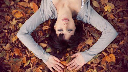 brunette, leaves, autumn