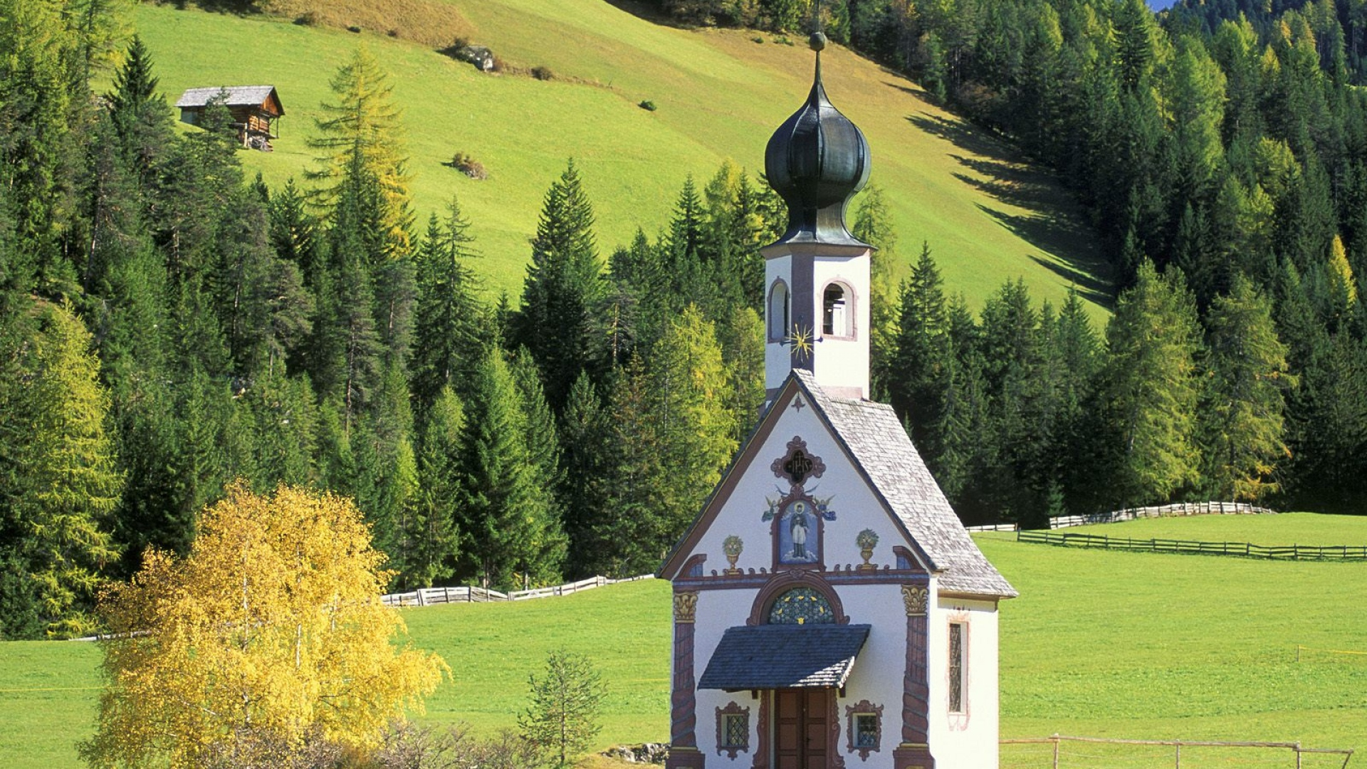Download Wallpaper 1920x1080 Chapel, Dome, Mountains