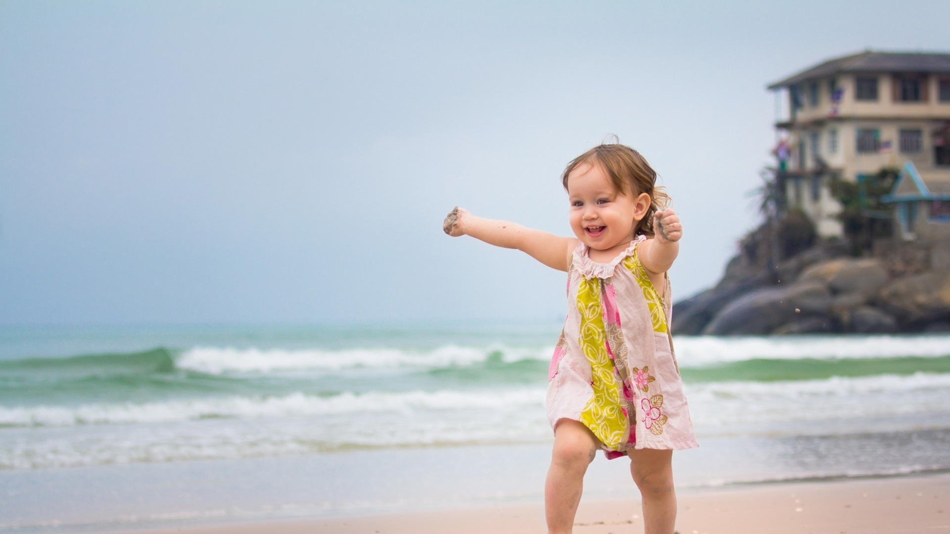 Download wallpaper 1920x1080 child beach sand sea escape child beach sand thecheapjerseys Images