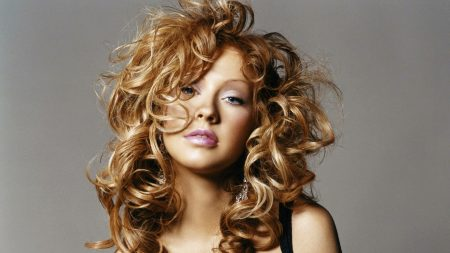 christina aguilera, hairstyle, hair