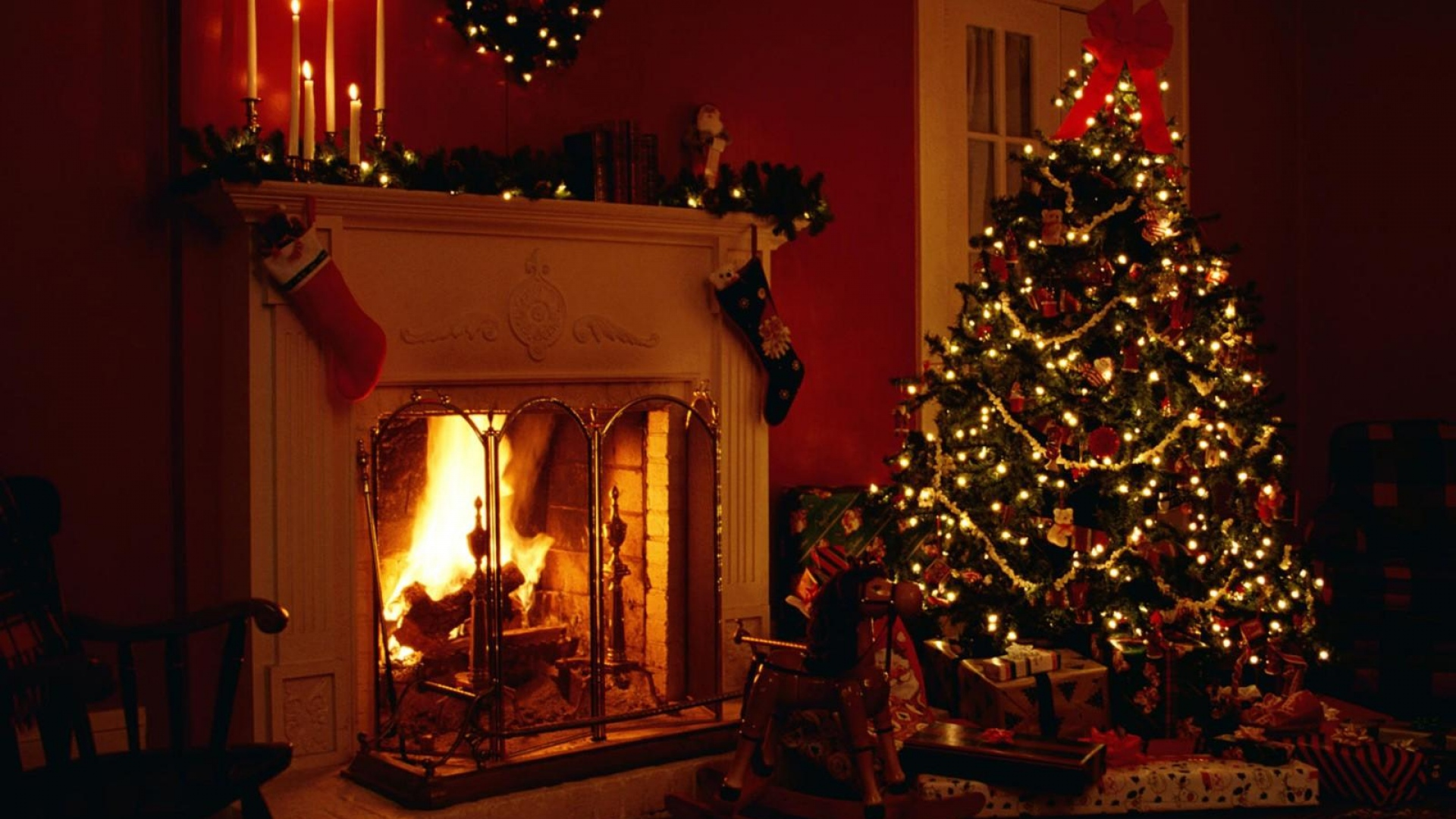 Download Wallpaper 1920x1080 Christmas Holiday Fireplace