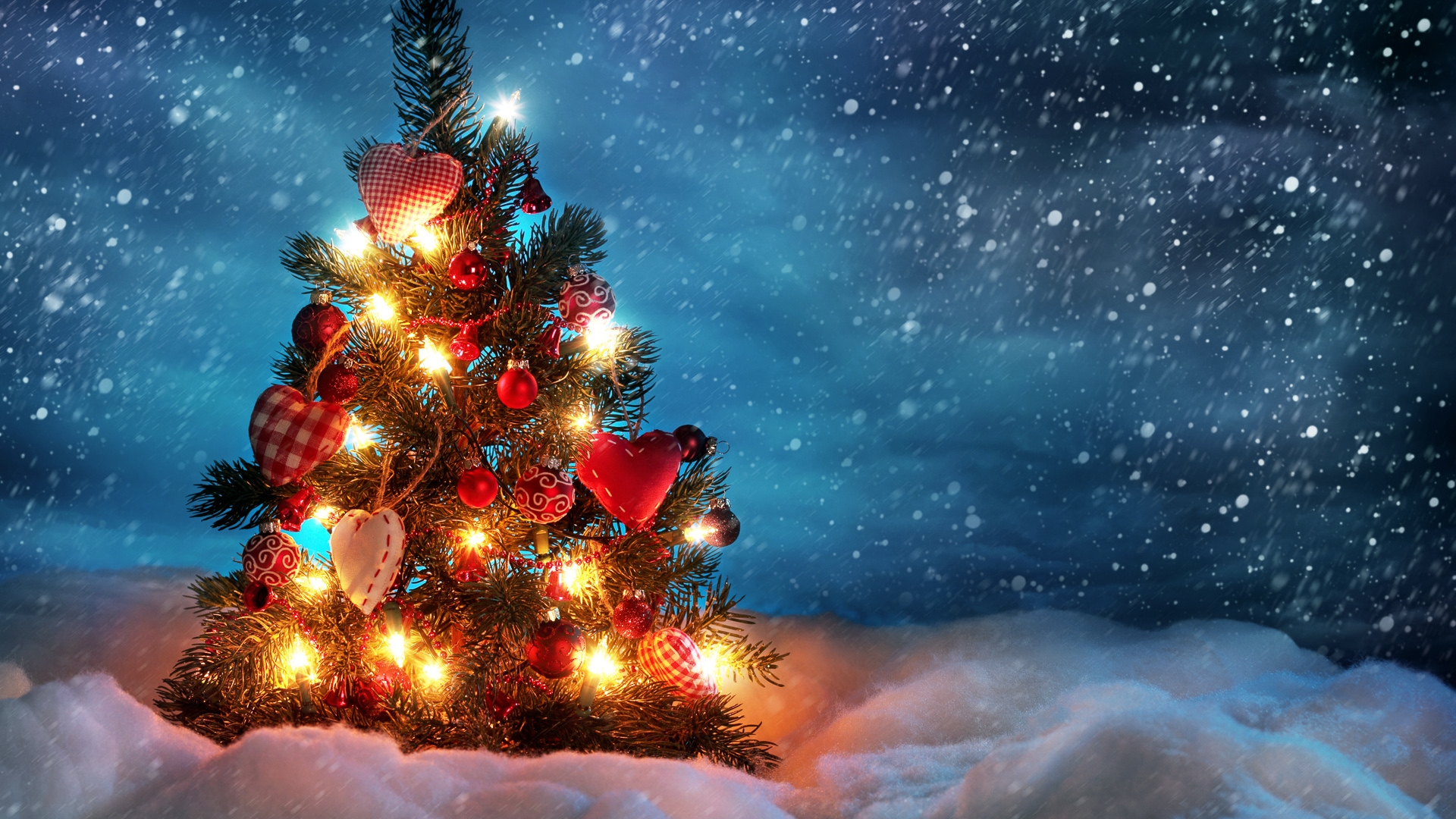 Get The Latest Christmas Tree Snow Winter News Pictures And Videos Learn All About From Wallpapers4uorg Your Wallpaper
