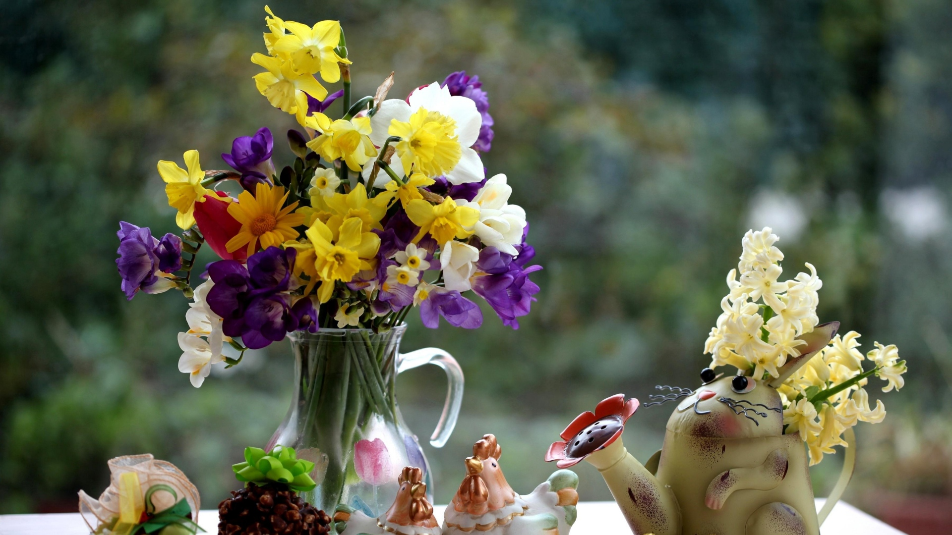 Daffodils And Tulips Wallpaper