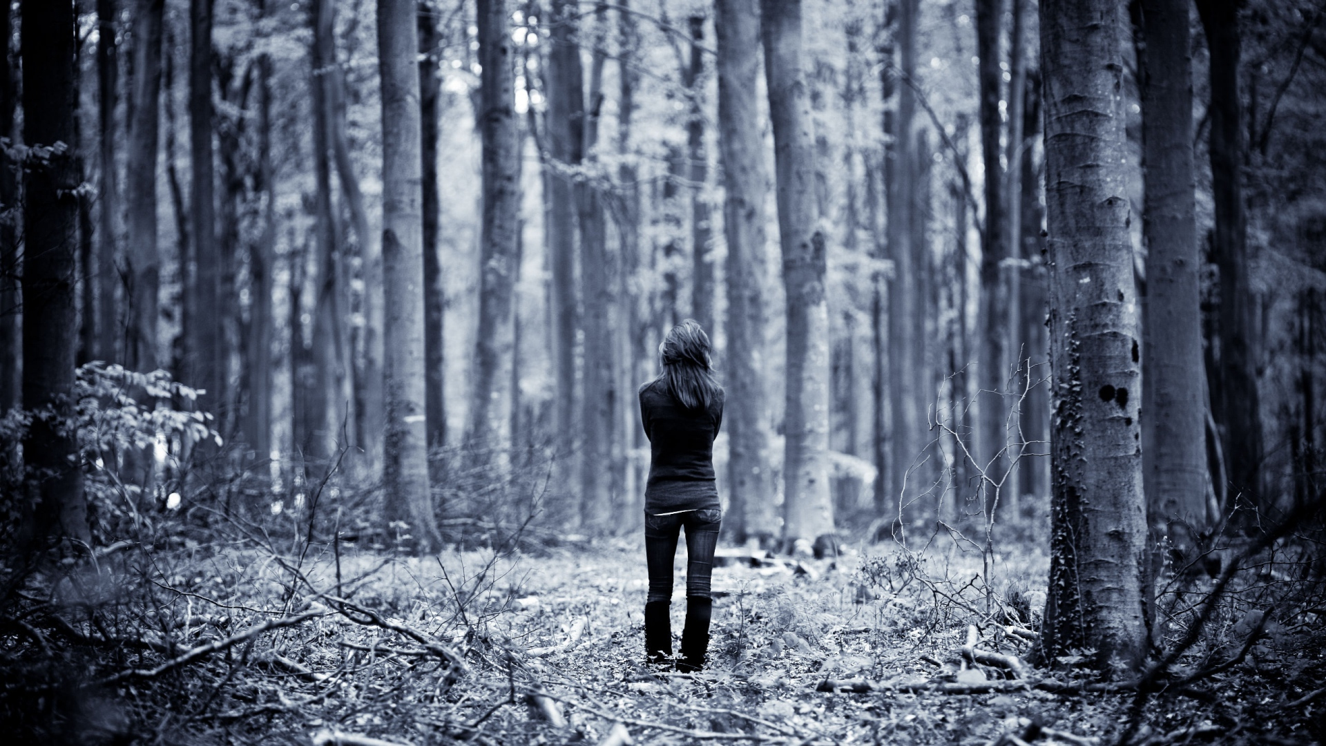 Download Wallpaper Forest Girl - girl_forest_walk_rain_55048_1920x1080  Snapshot_121024 .jpg
