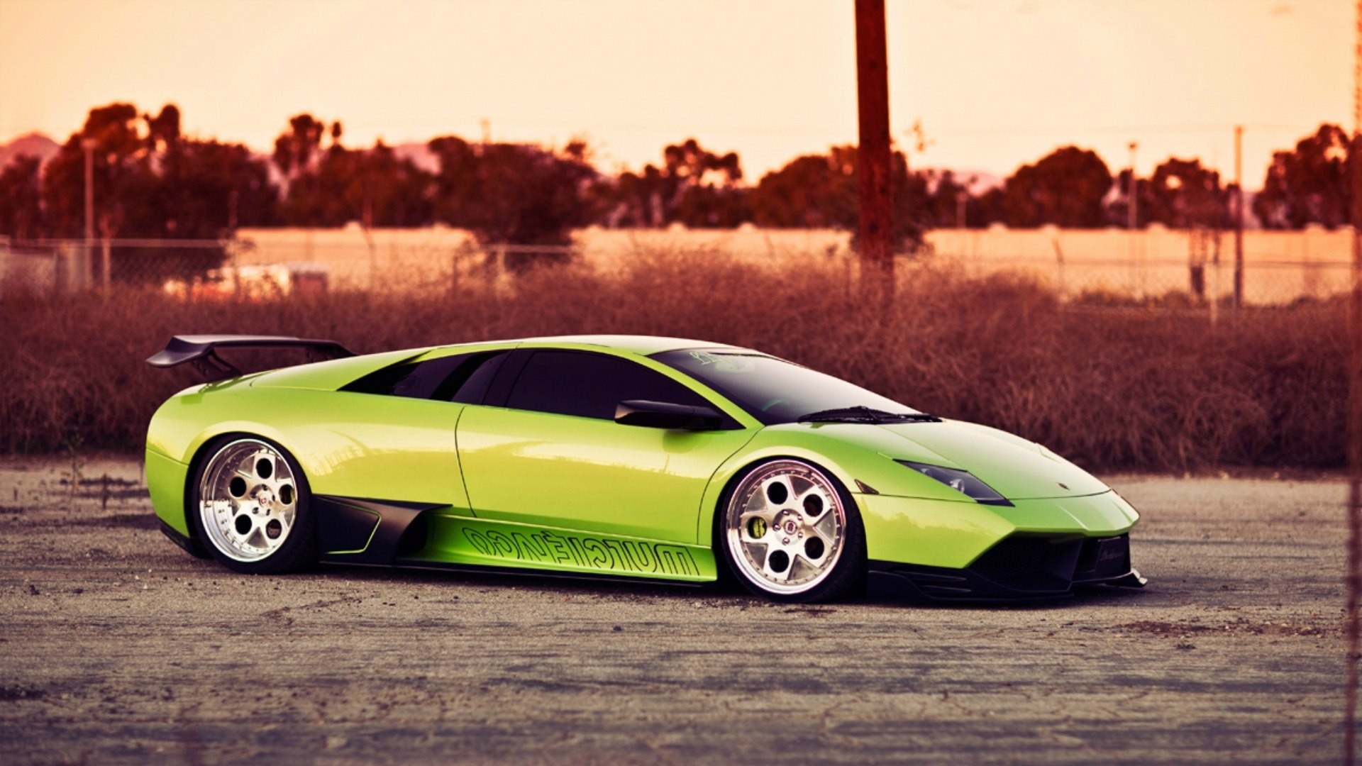 Download Wallpaper 1920x1080 Green, Cars, Style