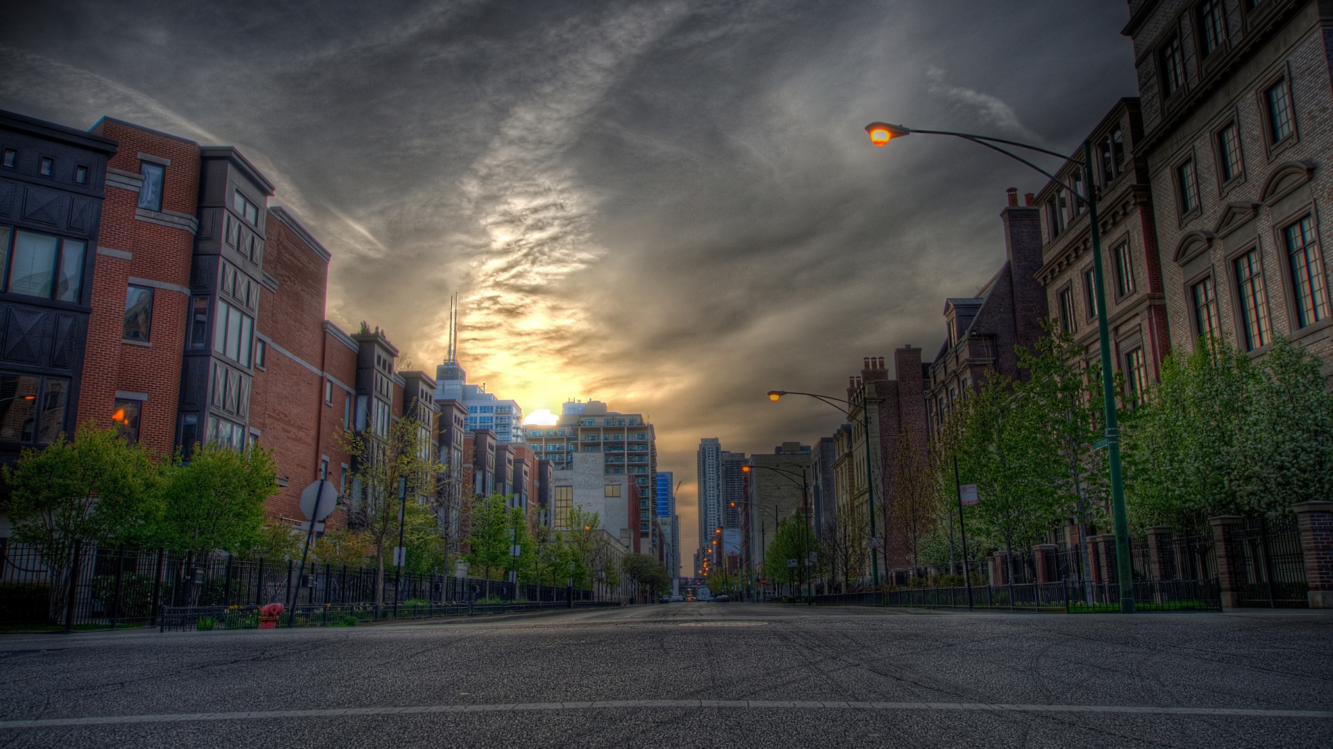 Download Wallpaper 1920x1080 House City Road Street Hdr Full HD