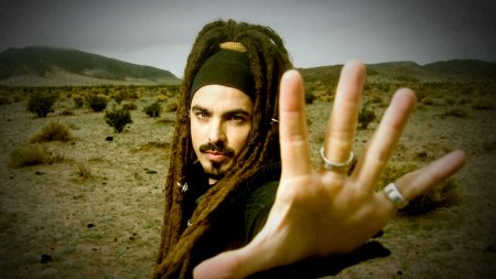 huecco, hand, dreadlocks