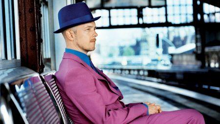 jan delay, hat, suit