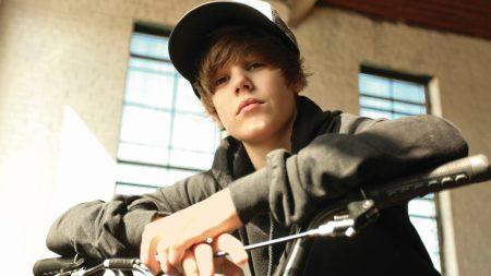 justin bieber, cap, bicycle