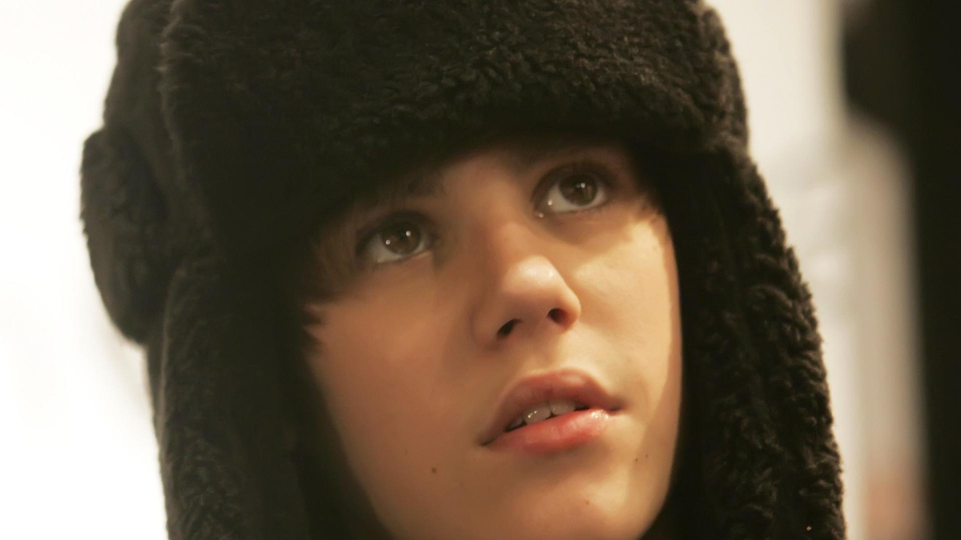 Download Wallpaper 1920x1080 Justin Bieber Hat Face Look Full Hd