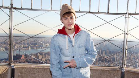 justin bieber, singer, celebrity