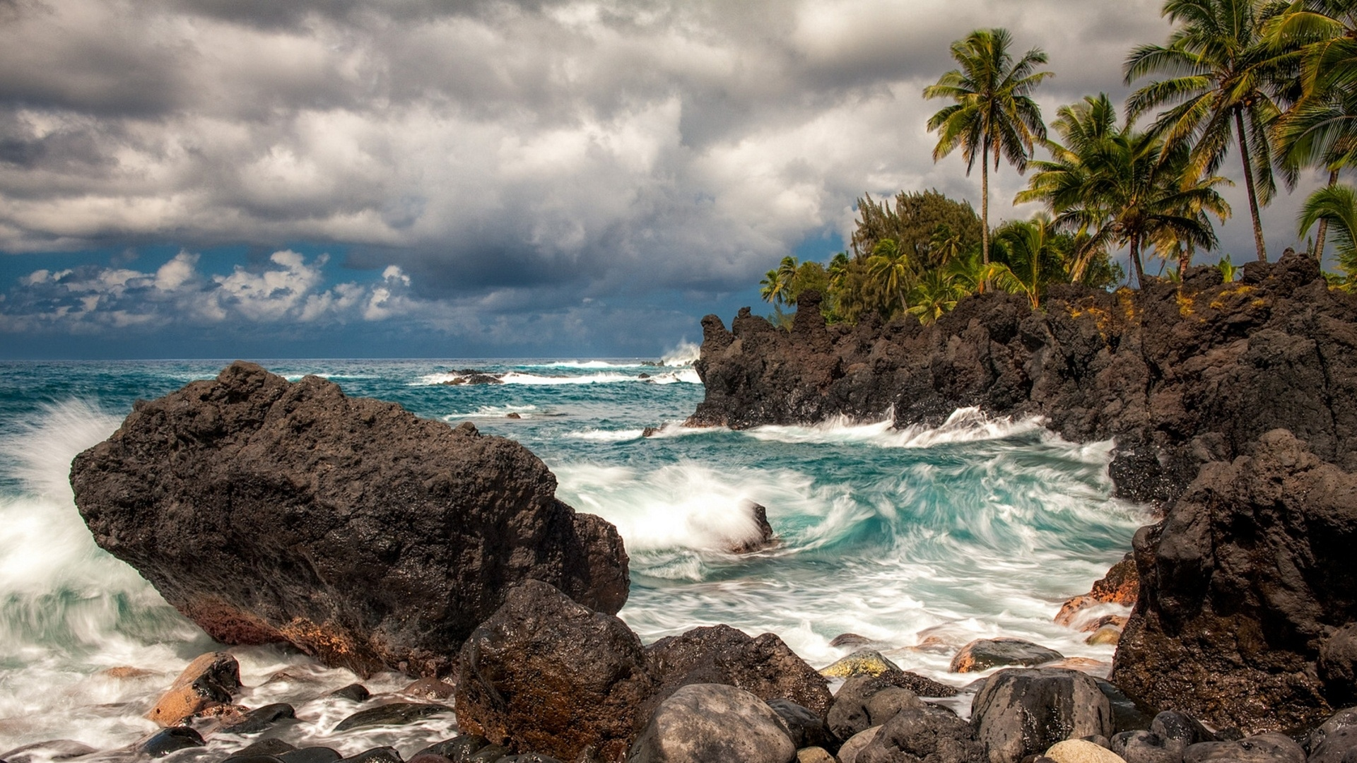 how to get from honolulu to maui hawaii