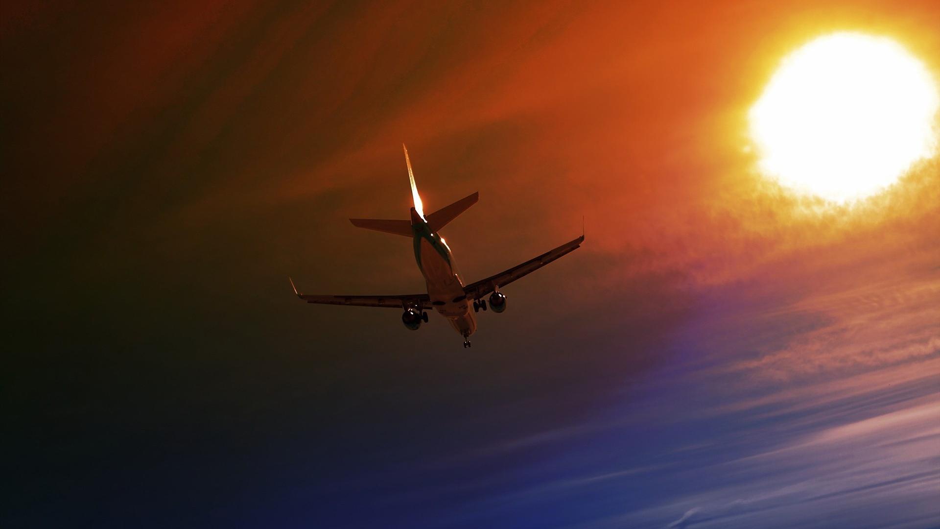 Best Wallpaper Night Airplane - plane_sky_night_flight_64608_1920x1080  Snapshot.jpg