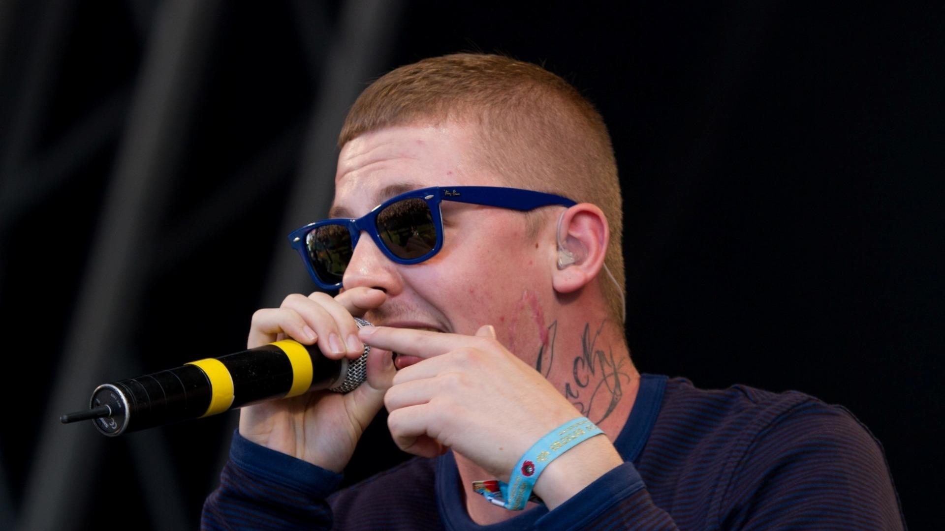 Professor Green Glasses Microphone