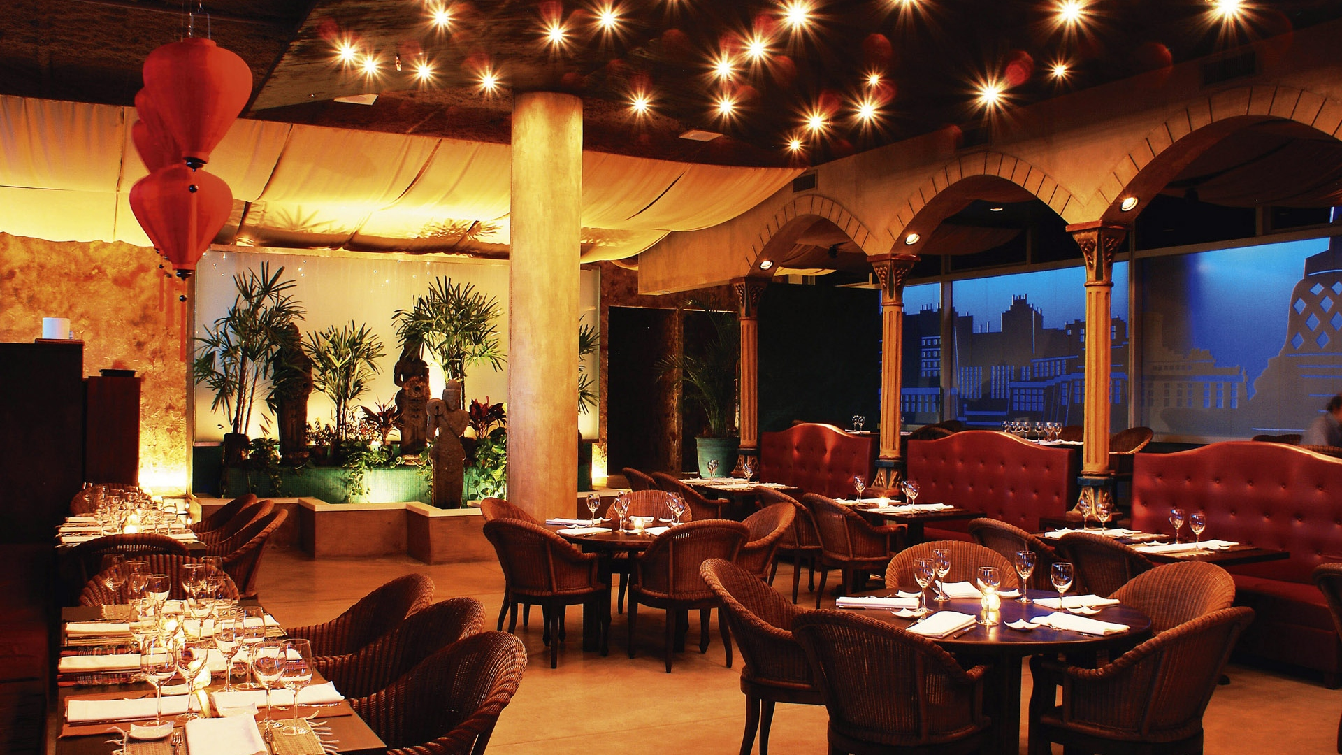 Download wallpaper restaurant table interior