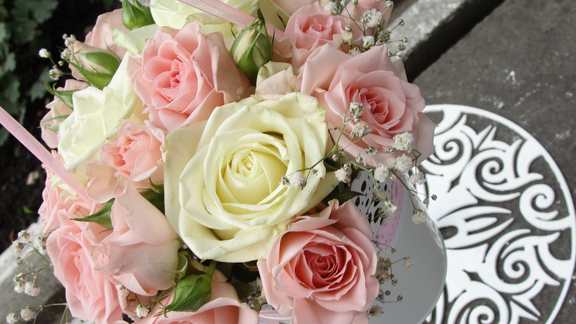 Roses In Garden: Download Wallpaper 1920x1080 Roses, Bouquets, Pot, Tape