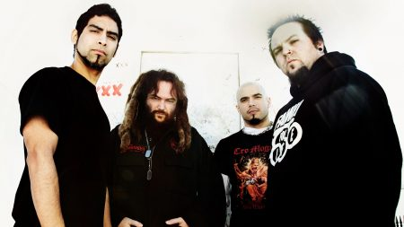 soulfly, dreadlocks, piercing