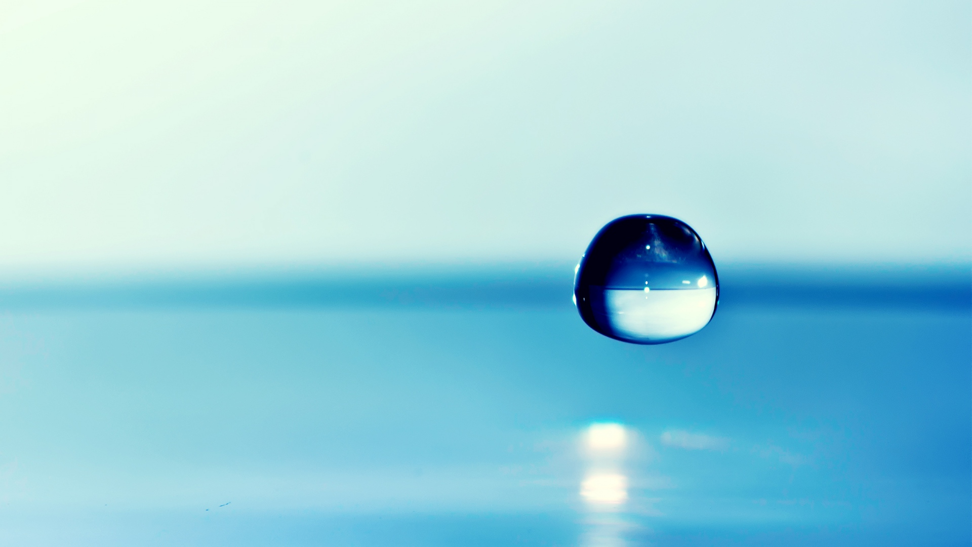 Download Wallpaper 1920x1080 Water Drop Background Blue Focus