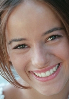 alizee, smile, teeth