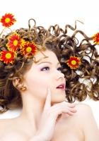brown hair, hair, flowers