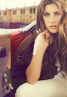 brunette, long-haired, car
