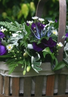 daisies, lisianthus russell, greens