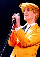 david bowie, concert, microphone