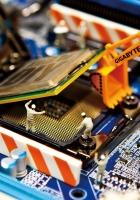 gigabyte, motherboard, installing