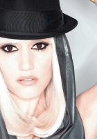 gwen stefani, hat, dress