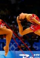 gymnasts, skipping rope, deflection