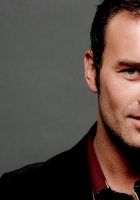 julian mcmahon, actor, brunette