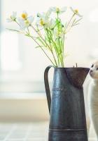 kitten, vase, flowers