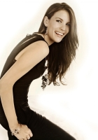 liv tyler, style, laughter