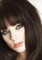 louise savoie, brunette, eyes