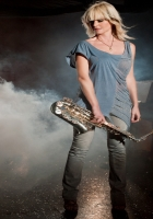 mindi abair, girl, saxophone