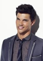 taylor lautner, boyfriend, smile