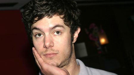adam brody, dark, hair