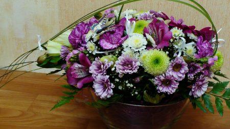 alstroemeria, chrysanthemums, carnations