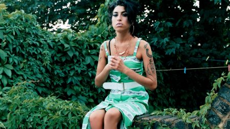 amy winehouse, girl, tattoo