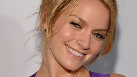 becki newton, smile, eyes