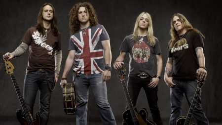 black stone cherry, t-shirts, guitars