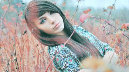 blue-eyed, brunette, twigs