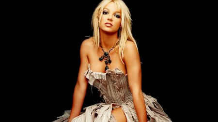 britney spears, dress, jewerly