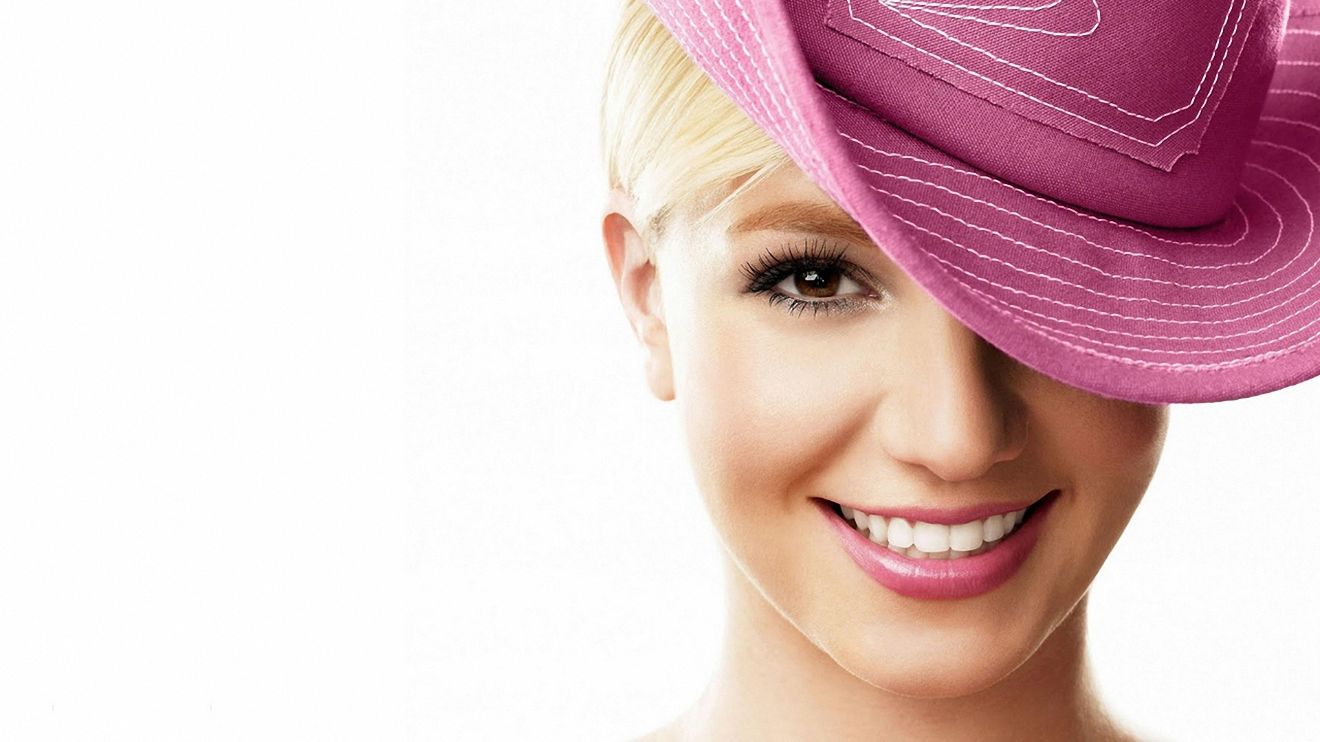 Download Wallpaper 1920x1080 Britney Spears, Hat, Smile