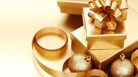 christmas decorations, gifts, gold