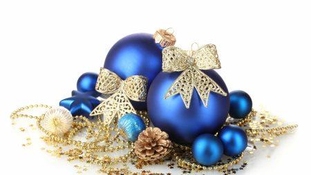 christmas toys, blue, balls