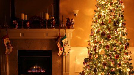christmas tree, fireplace, garland